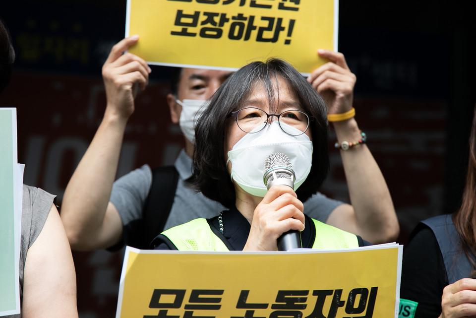 박혜성 전국기간제교사노조 위원장이 발언하고 있다. ⓒ 송승현 기자